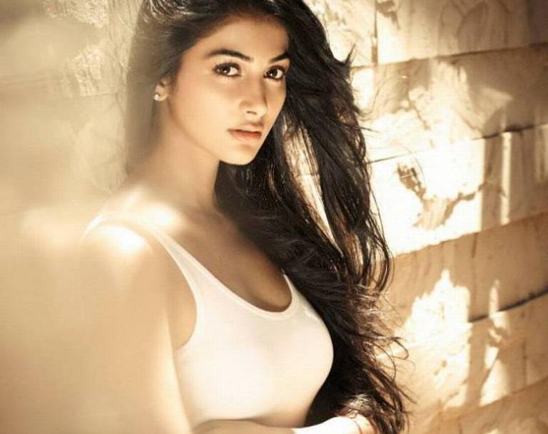 Hrithik Roshan's heroine in 'Mohenjo Daro' 1